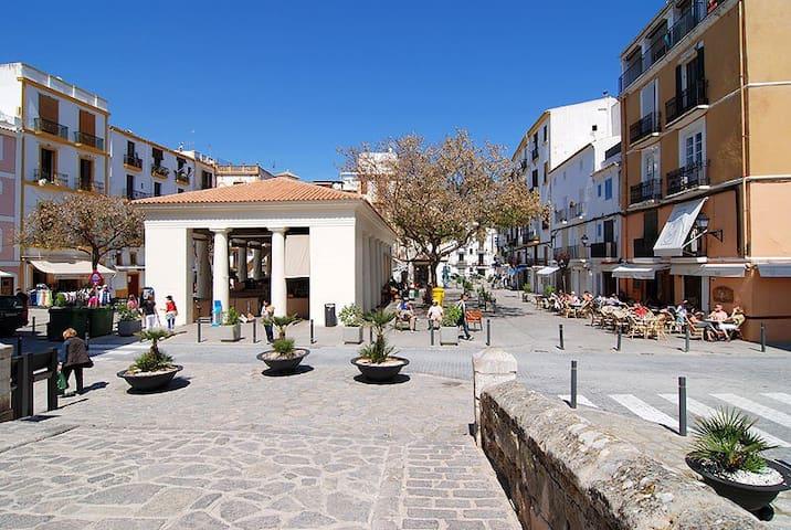 Unieke locatie midden in Ibiza stad - Ibiza - Appartement