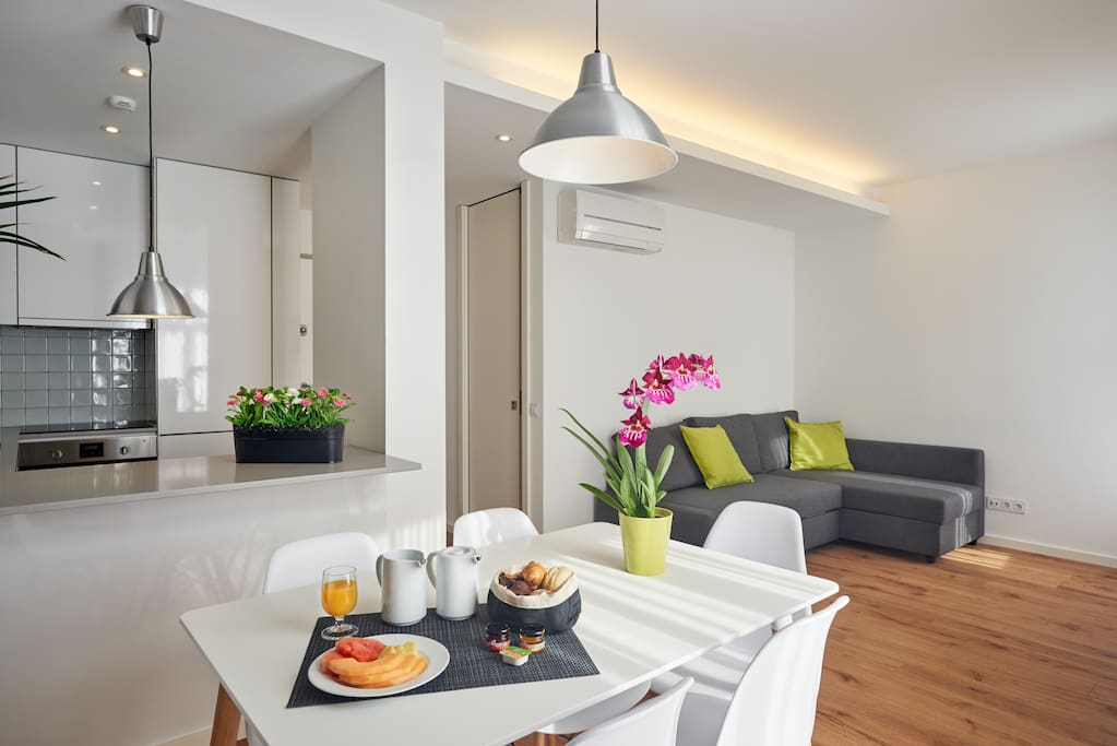 T2 Duplex - Living Room + Kitchenette - Depends on availability