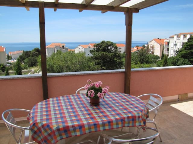 Holiday apartment -503- with balcony and sea view