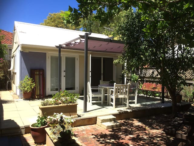 Cosy Corner Garden Studio Fremantle - Fabulous! - Fremantle - Departamento