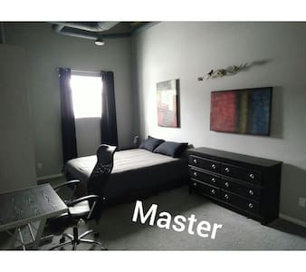 Large 1550 sq ft 3 bedroom Loft. - Fort Saskatchewan - Loft