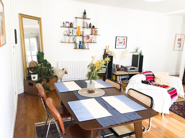 Spacious apartment near Canal Saint Martin
