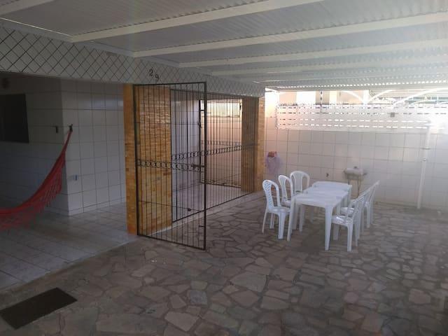 Área de lazer/garagem