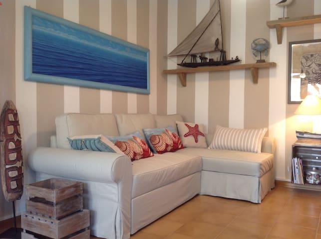 SEA HOUSE CON GRANDE TERRAZZO - Lido degli Estensi - Huoneisto