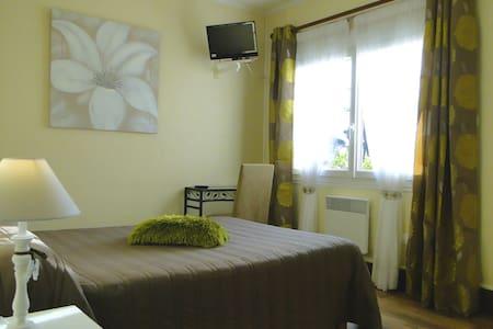 Votre chambre à 150 m de la mer. - Saint-Trojan-les-Bains