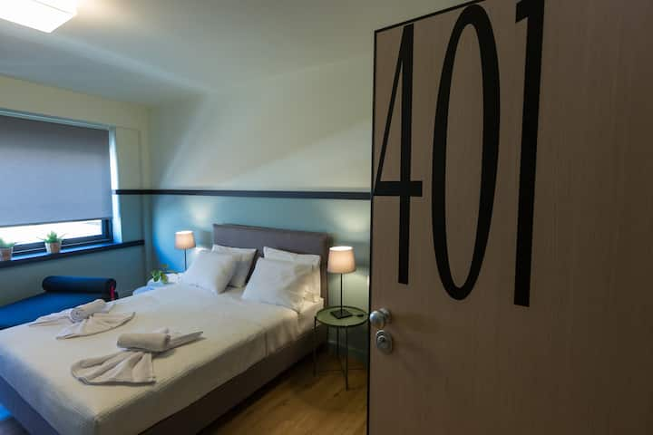 Deluxe triple room 4- Still Athens hotel
