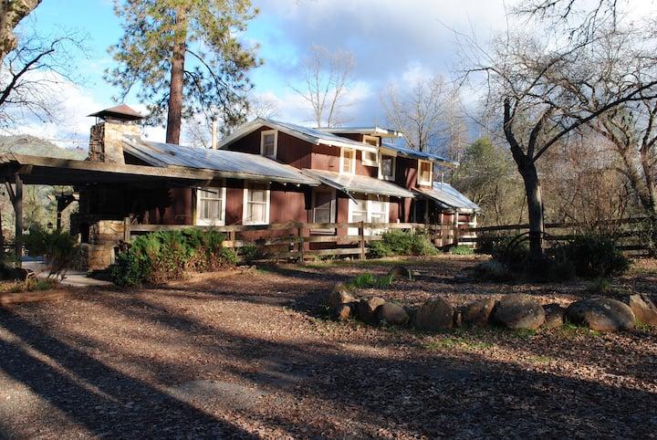 The Homestead Ranch Near Yosemite