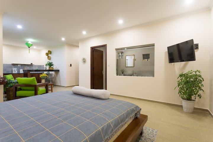Daisy Villa & apartments