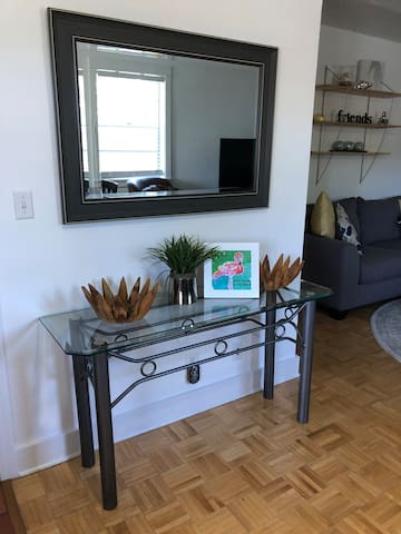 Entry table, a place to drop your keys and get ready to relax