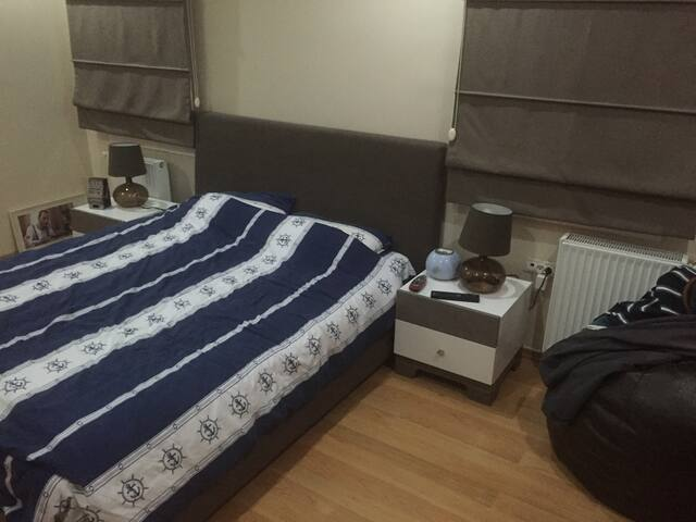 Great room in a doctor's flat! - İstanbul - Flat