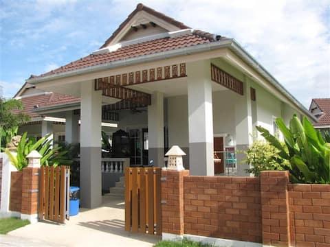2 makuuhuoneen loma-asunto - Smart House Village 2