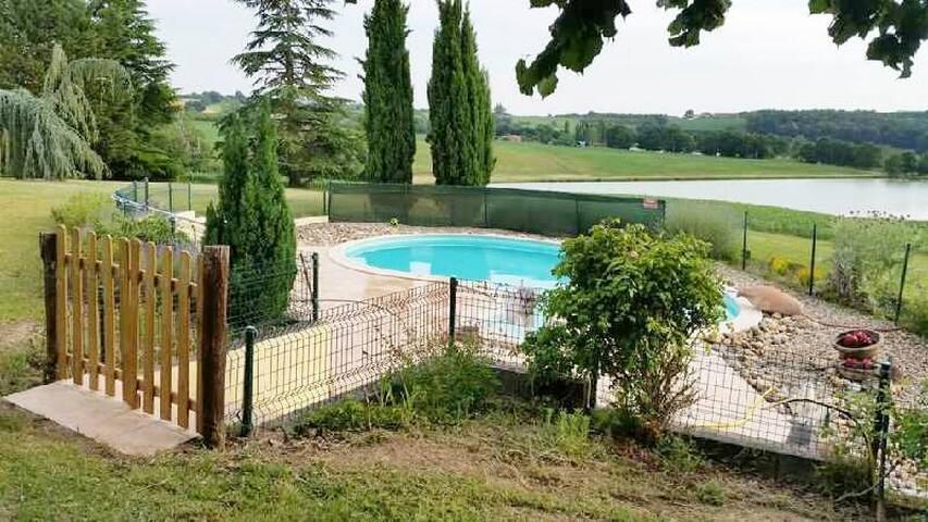 Calme et piscine privée!