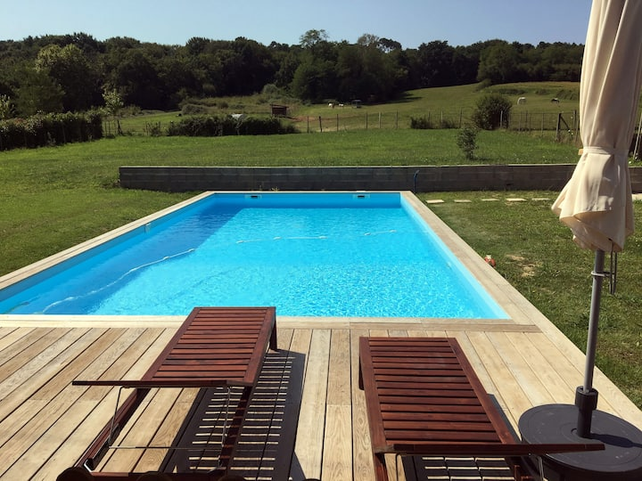 Villa 140 m² au calme. Piscine au sel. Océan 25min