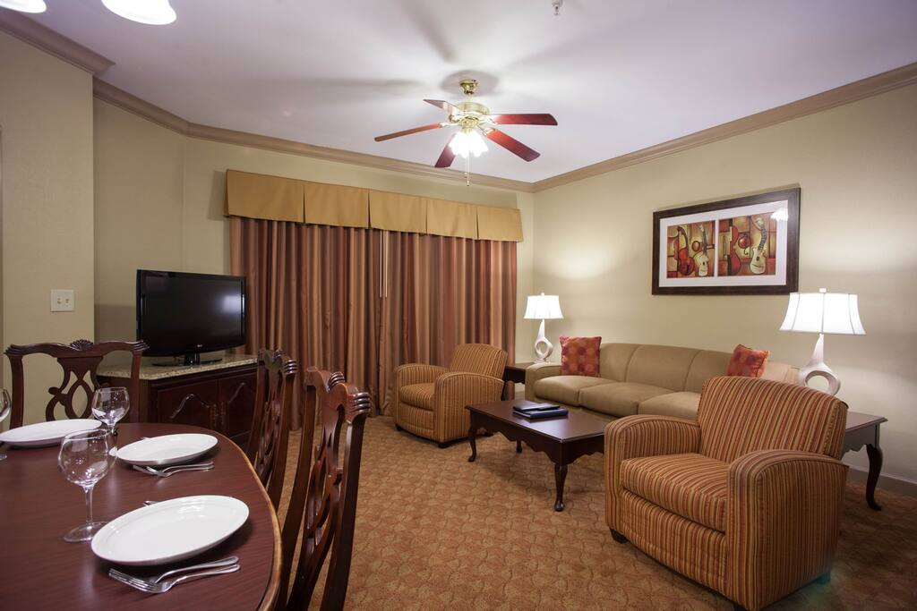 Home Away From Home 3 Pool Bbq Full Kitchen Timeshares For Rent In Nashville Tennessee