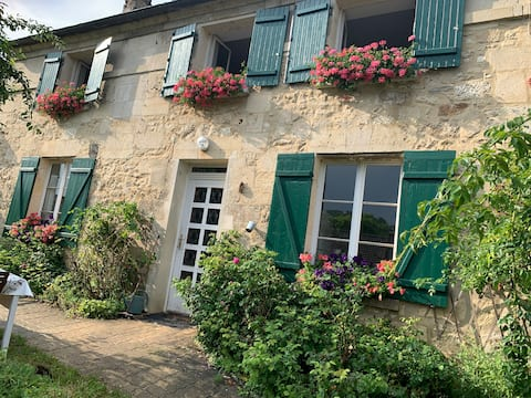 A countryside house an hour from Paris
