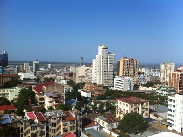 DOUBLE PRIVATE ROOM REACHING THE SKY - Maputo - Appartement