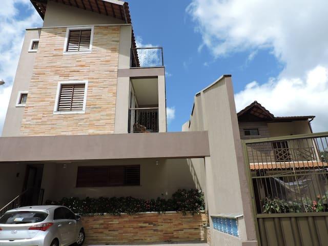 Triplex Solar Casa Branca - Guaramiranga - Apartamento