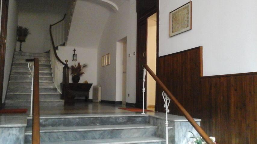 Beautiful and historic apartment. - Sassari - Apartamento