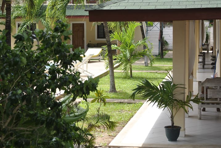 Girasoli resort appartments and swimming pool - Malindi - Appartement