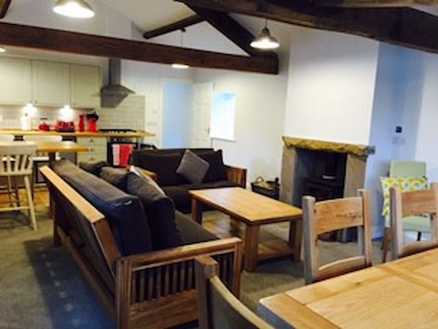 Barn conversion in beautiful Lancashire village - Yealand Conyers - Guesthouse