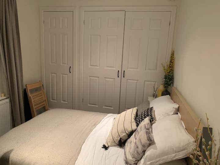 Glasgow / Blantyre - double bedroom