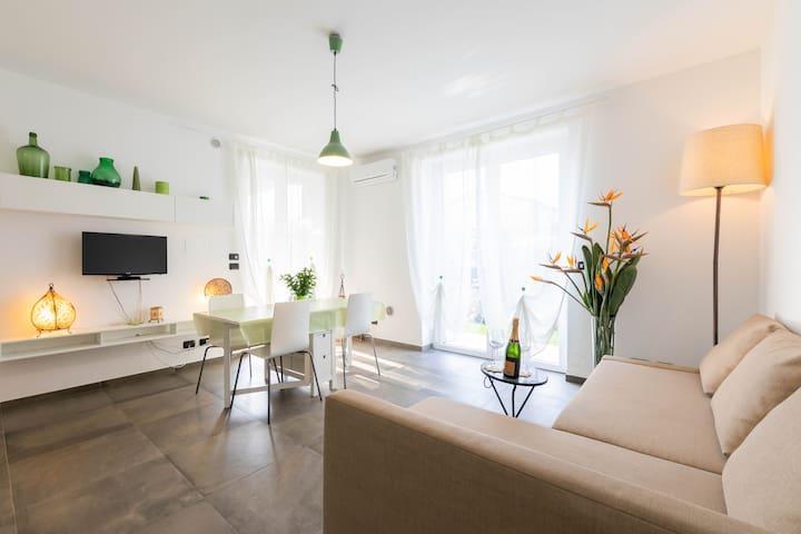 Appartamento Il verde strelitzia  (008017-LT-0017)