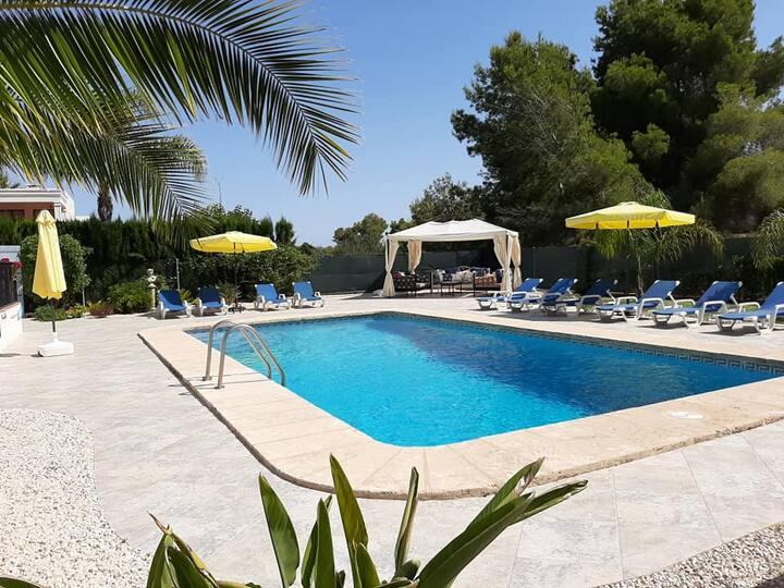 Villa Alegria - Classic Mediterranean Villa