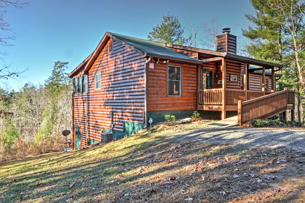 Rustic 4br Sautee Nacoochee Lodge W Hot Tub Cabins For