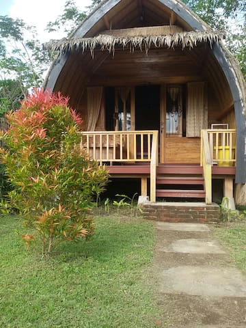 Cendrawasih bungalows n tourist information
