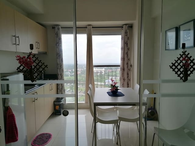 Wind Residence A2,  Wifi+TAAL VIEW@ skylounge