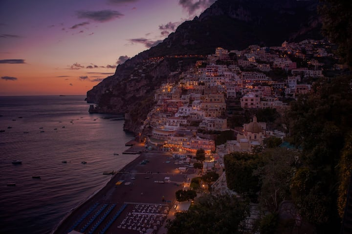 Positano night and breakfast on queen boat