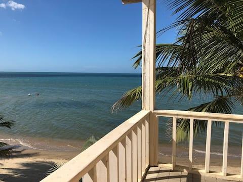 "Capiro Bay Hotel Resort & Restaurant ""Mar Y Tierra"