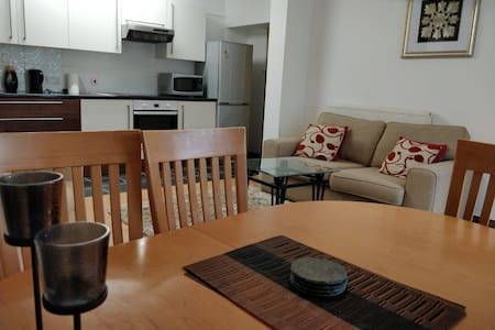 Bright & spacious 1-bed in Plymouth, Devon.