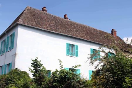 La Maison Bleue de Claude Monet à Giverny
