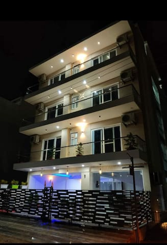 Backpackers World (Private Floor)(Delux Rooms)