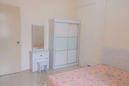 Simple room @ Cheras Batu 9, Cheras Intan Apartmt - Cheras - Apartment
