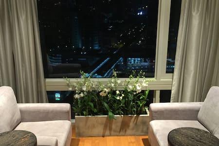 Luxury 1 BR duplex high floor ❤️BKK - 曼谷