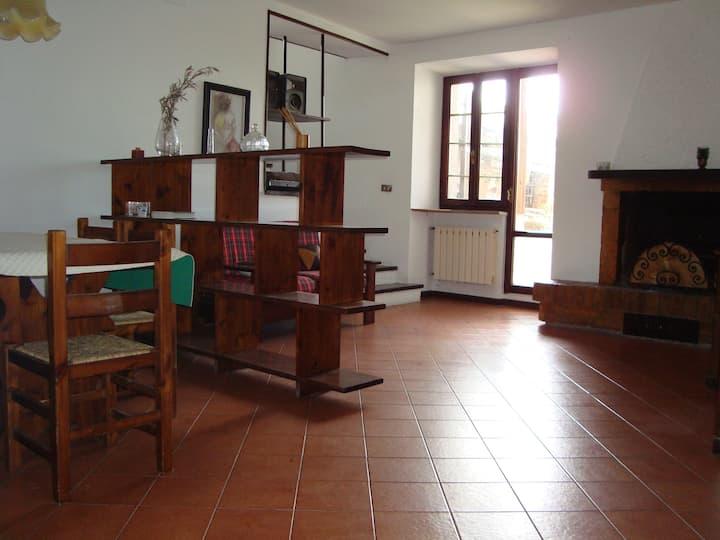 Appartamento Pievefavera, frazione di Caldarola