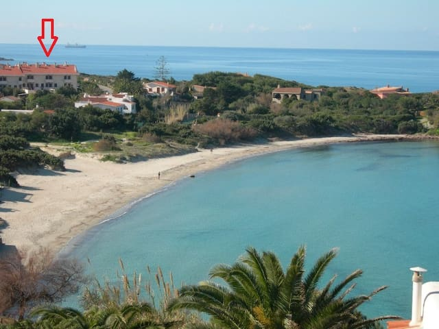BEACHOUSE near Sottotorre beach. Family friendly