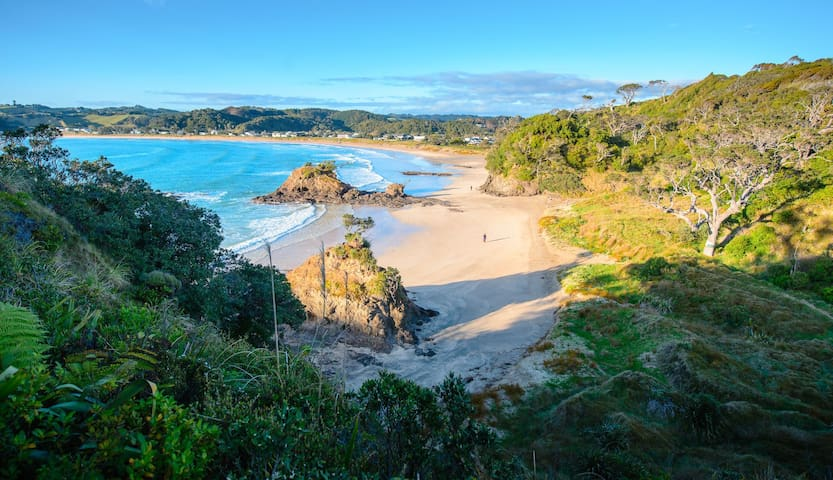 Matapouri Bay, a great place for the kids as calmer than the other local bays, < 10 minutes away. Pic by Douglas Pearson.