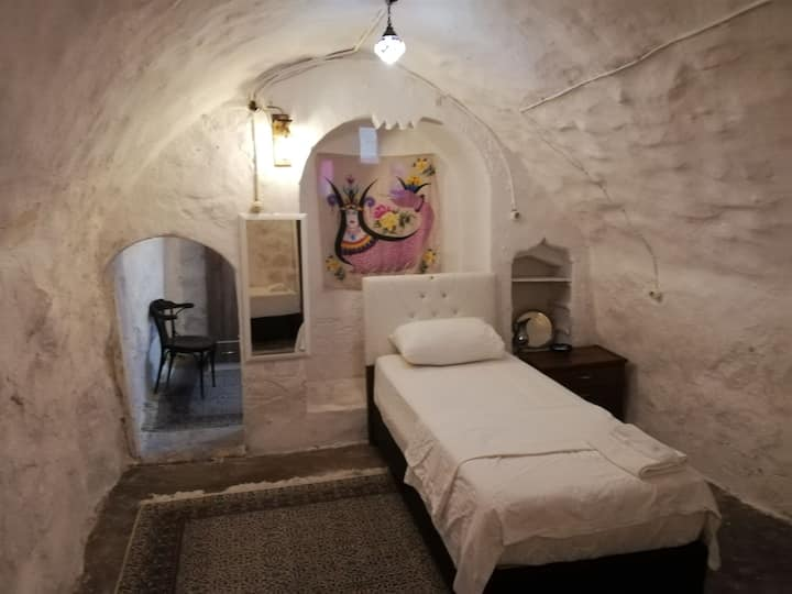 Historical Stone House-Tarihi Taş Ev HAYYAM APART3