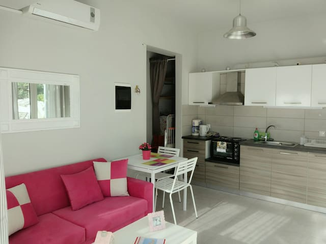 Comfy Housing Unit, Close To The Sea