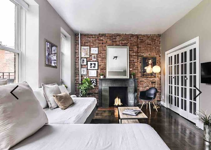 Stylish 1BR in West Village