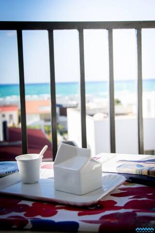 Casa Vacanze La Dolce Vista | La terrazza e la vista sul golfo