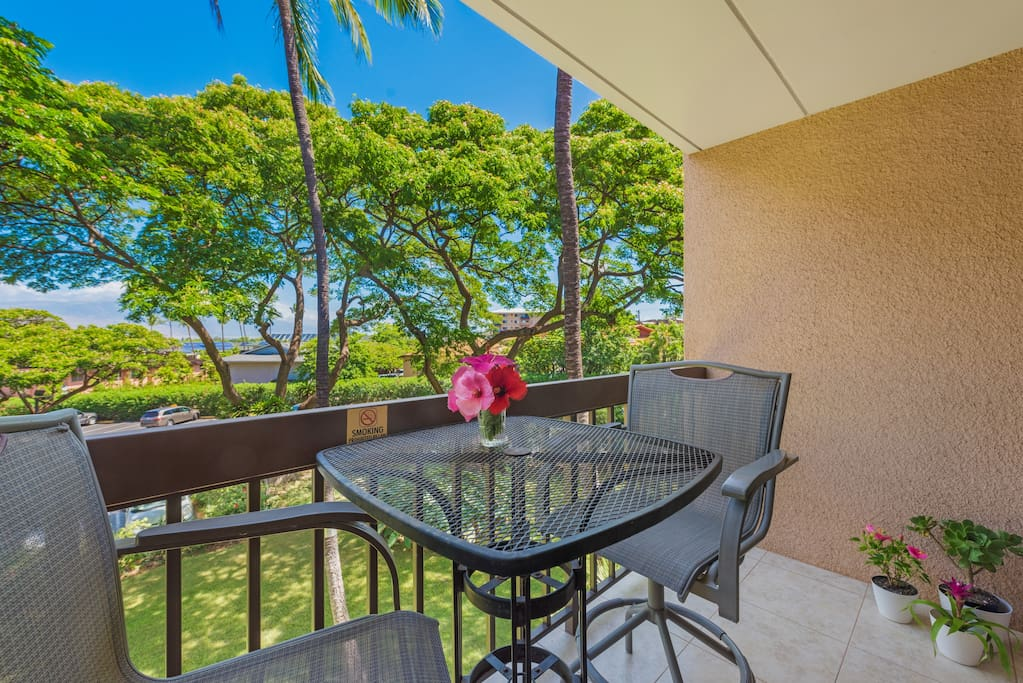 Now This ... Is A Vacation!  Who wouldn't want to relax with this view? This is the scenery you see in the movies. Book Maui Vista 2318 today and you can make it your dream come true!
