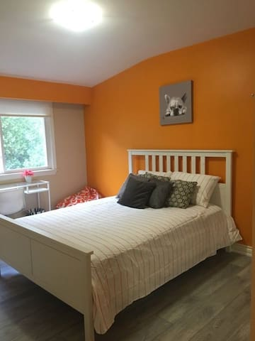 Bedroom in updated Mineola West Home