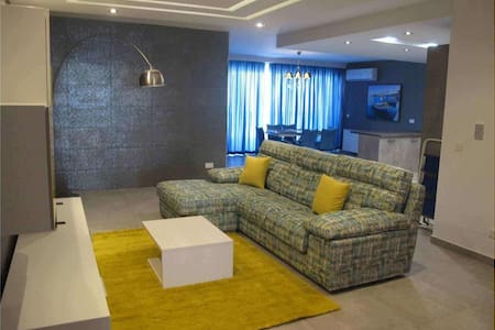 Spacious, modern & highly finished flat