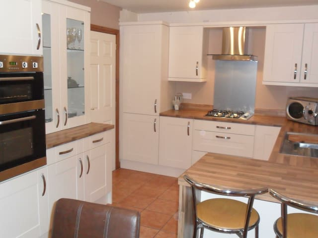 Single room available near Mold/Northop/Chester