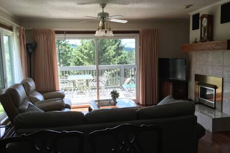 3 Bedroom Suite on Deerhurst Drive