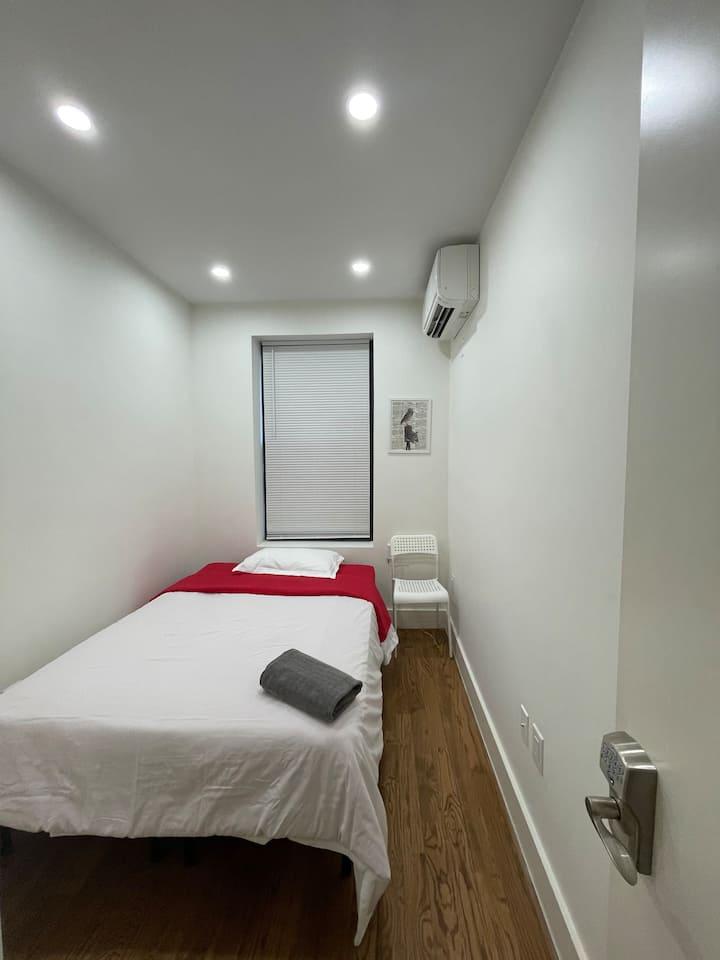 Modern private room, 25 mins to MANHATTAN 2